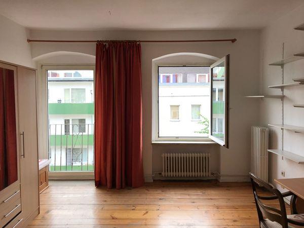 Schöne Helle Wohnung In Berlin Tiergarten Vermietung 3 Zimmer