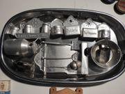 Antikes Puppenküchenzubehör Metall