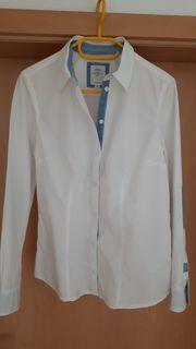 weiße Bluse von