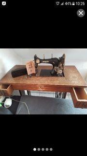 Antike Nähmaschine Pfaff