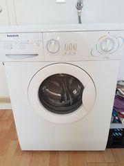 Waschmaschine (funktionsfähig) an