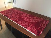 Teppich Läufer Rot mit Muster