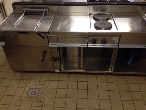 Kuche neu kaufen perfect gastrokche grokche komplett for Gebrauchte kuchen kassel