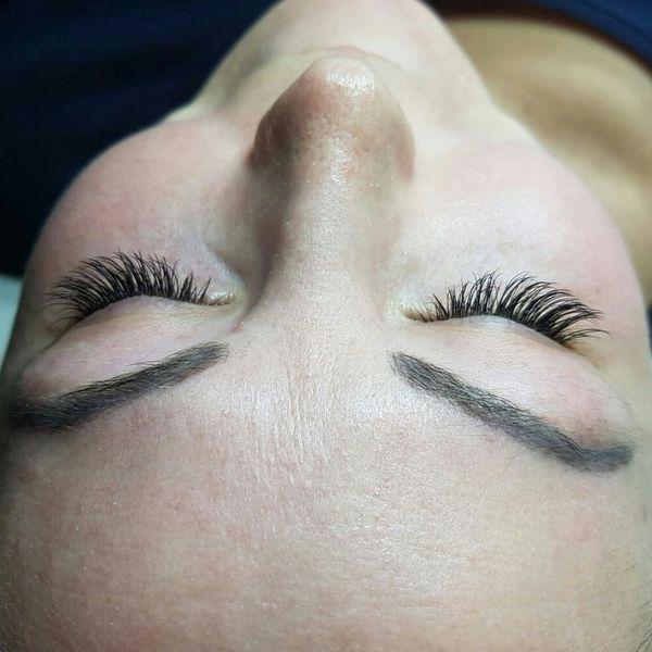 Wimpernverlängerung » Kosmetik und Schönheit