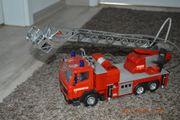 Feuerwehrauto mit Licht