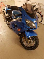 Kawasaki ZX9R ACHTUNG