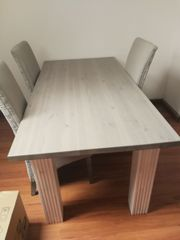 Esszimmer Tisch aus
