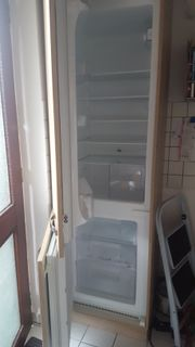 Kühl- und Gefrierkombi