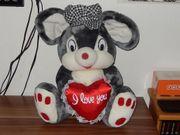 Stofftier Kuscheltier Maus mit Herz