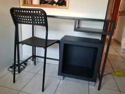 ikea Schreibtisch mit Stuhl und
