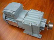 SEW R17 DR63L4 Elektromotor Getriebemotor
