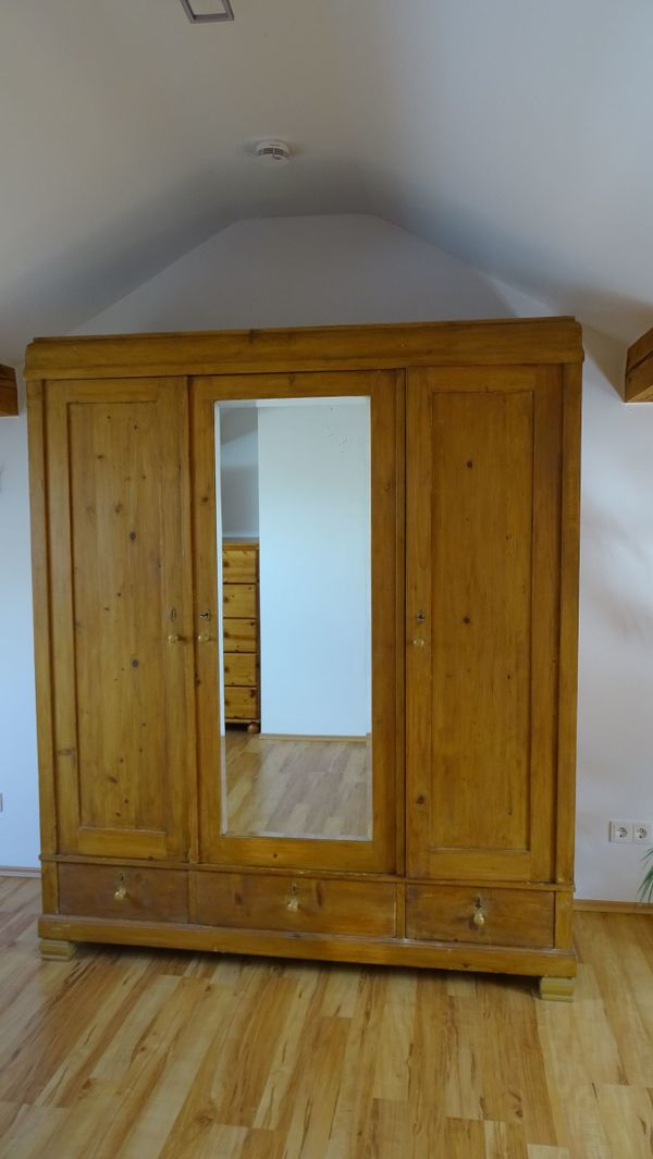 weichholzschrank antik gebraucht kaufen 3 st bis 75 g nstiger. Black Bedroom Furniture Sets. Home Design Ideas