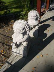 Chinesisches Steinlöwenpaar aus