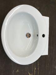 Gutes, gebrauchtes Waschbecken
