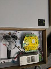 Net2 Plus Türsteuerzentrale mit 2A-EV