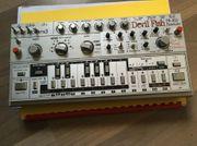 Roland TB 303 Devilfish Mod