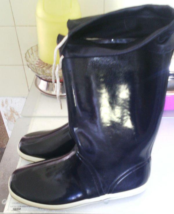 Verkaufe zwar gebrauchte » Schuhe, Stiefel