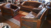 Schöne Couch- Garnitur aus Büffelleder