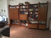 Wohnzimmer Schrank zu