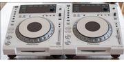2 Pioneer CDJ-
