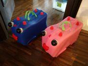 zwei Kinderkoffer mit