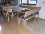 Eckbank mit Tisch in Ahorn