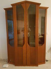 Wohnzimmerschrank mit zwei passenden Sideboards
