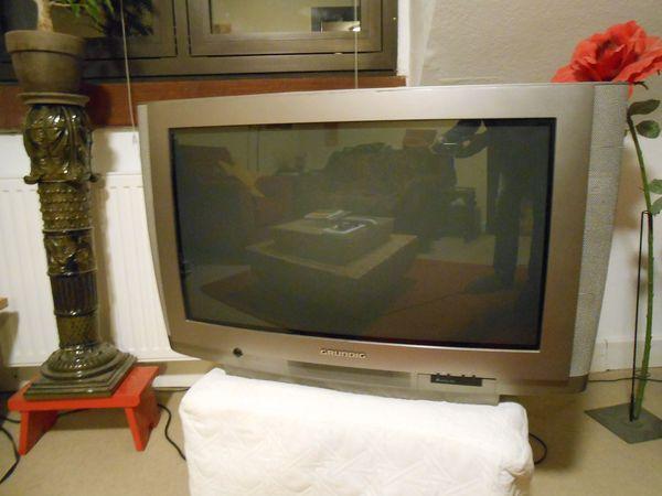 High End Röhrenfernseher 32 Zoll