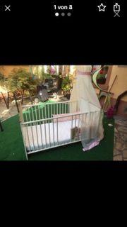 Baby- Kleinkind Bett mit Matratze