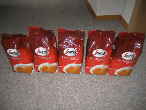 Segafredo Intermezzo Kaffeebohnen Bohnenkaffee