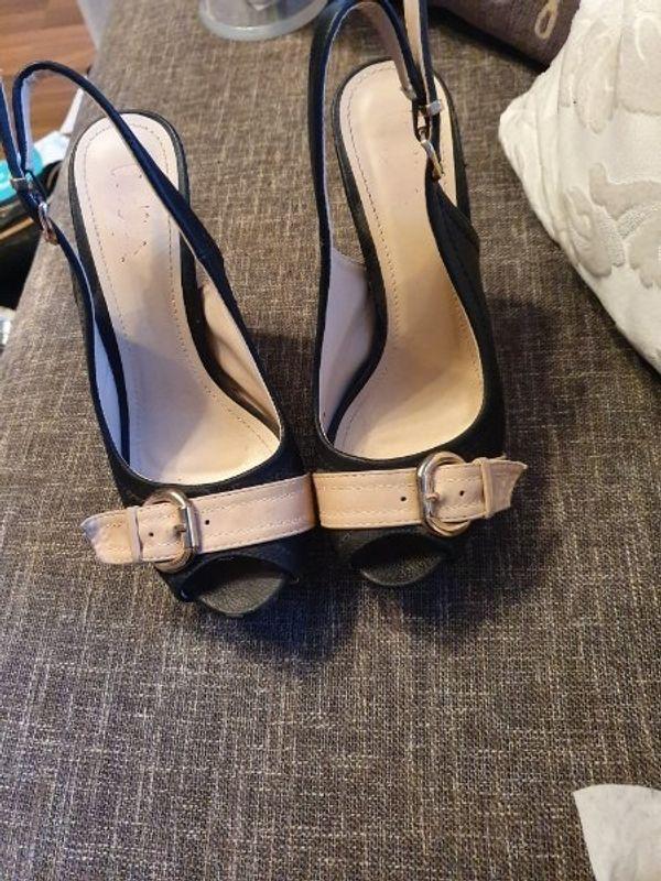 e20df9c71a9059 Heels kaufen   Heels gebraucht - dhd24.com