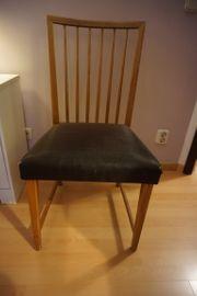6 Holzstühle mit schwarzem Rosshaar-Sitzbezug