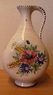 Keramikkrug zum Aufstellen mit Blumenmuster