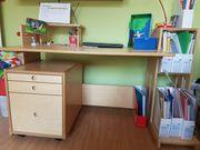 stabiler Holz-Schreibtisch