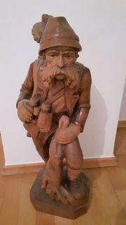 Jäger geschnitzte Figur
