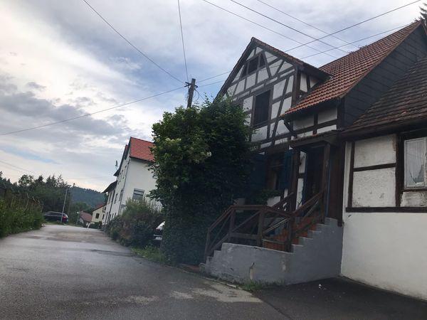 Meßstetten-Unterdigisheim Künstlerhaus mit Holzheizung zu