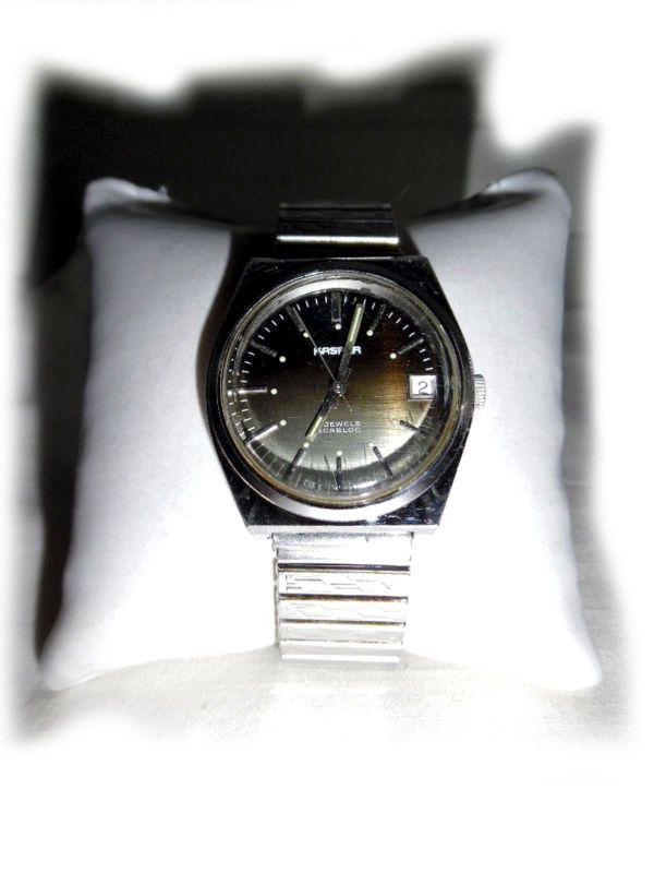 """Seltene Armbanduhr von Kasper - Nürnberg Wetzendorf - Seltene Armbanduhr von dem deutschen Hersteller """"Kasper"""".Die Uhr wurde eher selten getragen, und befindet sich daher noch in einem sehr guten gebrauchten Zustand.Sie läuft auch noch einwandfrei.Eigenschaften:Gehäuse: Stahl (Stainl - Nürnberg Wetzendorf"""