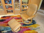 Stressless Sessel mit Hocker in