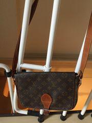 Designer Handtasche - schwarz,
