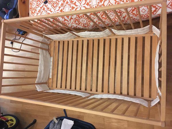 gitterbett kaufen gitterbett gebraucht. Black Bedroom Furniture Sets. Home Design Ideas