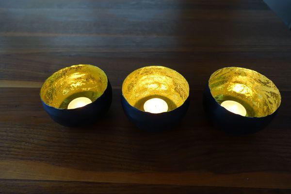 3 Teelichthalter aus Metall in