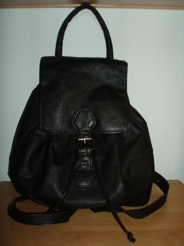 Schwarzer Lederrucksackhandtasche In Ludwigshafen Taschen Koffer